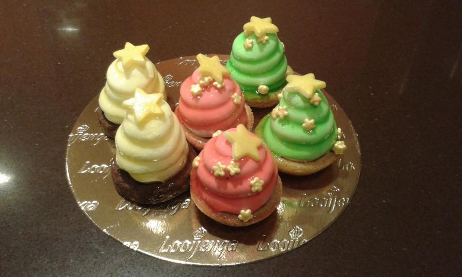 Gebakje van de maand december: trio van Kerst Petit Fours